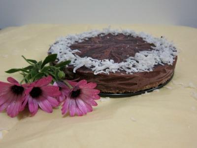 raw chocolate coconut mousse cake recipe. Vegan, low-carb, reduced sugar, gluten-free, recipes