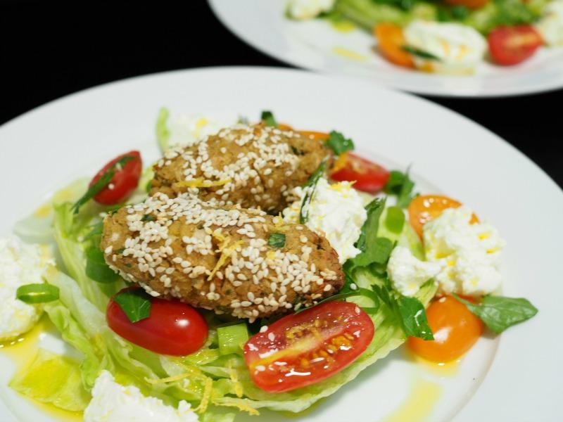 baked falafel, falafel and labneh salad, oven-baked, falafel, felafel, oven-baked falafel, labneh, labne, salad, kebab, recipe, healthy, quick