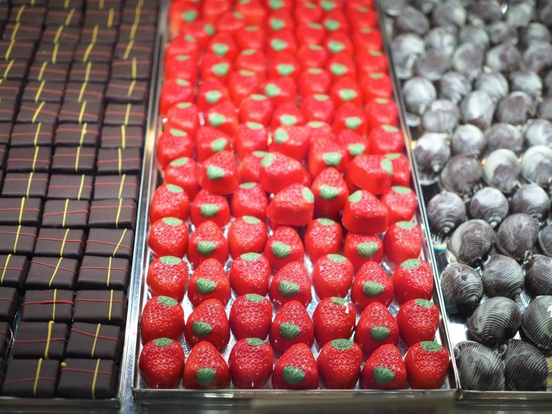 yarra valley chocolaterie and ice creamery, yarra valley chocolate, yarra valley, chocolate, ice cream, strawberry truffles, handmade, truffles, wine chocolate and cheese