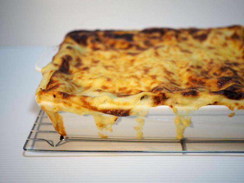 hackit, mince meat, kitchen utensil, hackit australia, lasagne, olive oil béchamel, bechamel recipe, easy béchamel