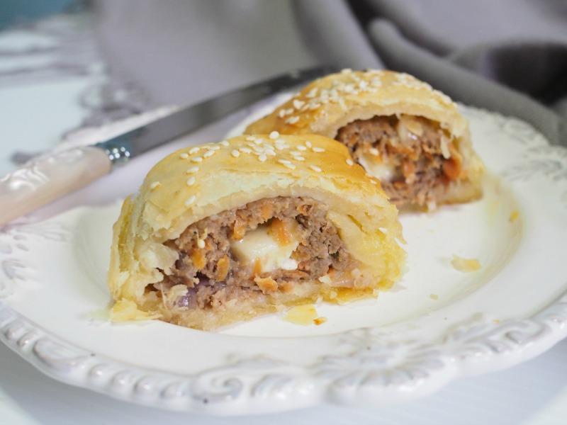 Caramelised onion turkey sausage roll, turkey sausage roll, caramelised onion, cheese, brie, rough pastry, homemade pastry, easy homemade pastry, recipe, sausage roll recipe, brie