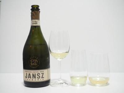 wine glass affect taste, shape, riddle, wine glass, your home depot, 2009 jansz vintage, sparkling, jansz, tasmania