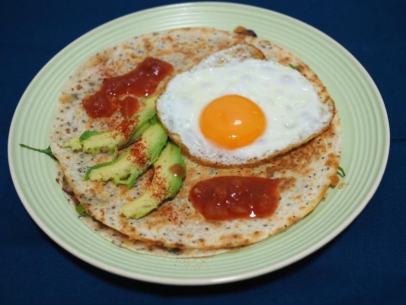cheese, quesadilla, breakfast quesadilla, vegetarian, easy breakfast, chia quesadilla
