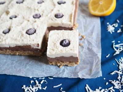 raw vegan dessert made with cashews lemon cacao recipe